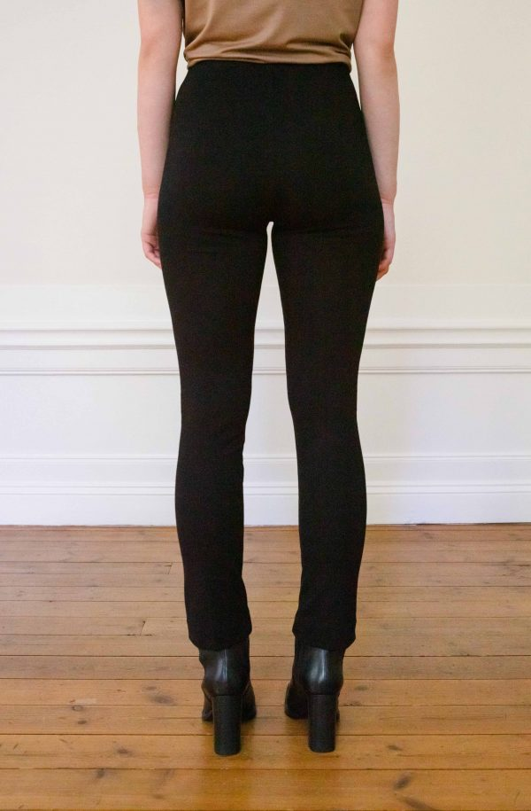Lou Ecovero straight pants black from the black