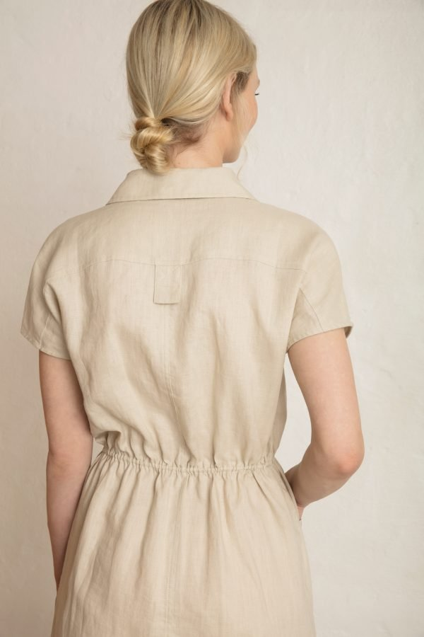 Close up on the back of Wood linen dress