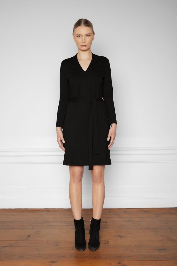 Lear Ecovero Dress Black from the front