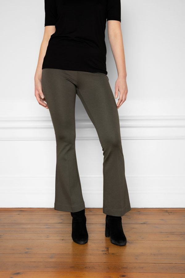 Lala Ecovero Flare Pants Ink Green with Heel Boots