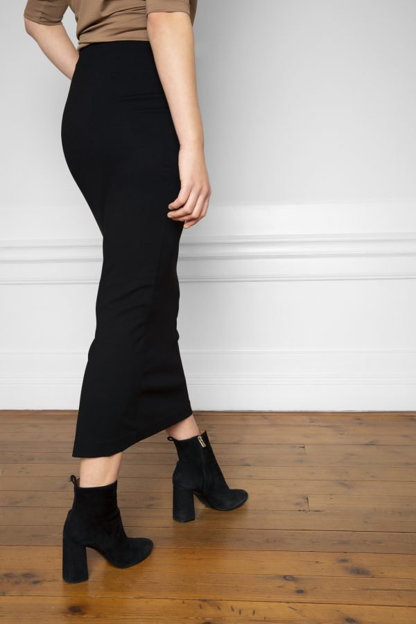 Lala Ecovero Black Skirt from the side