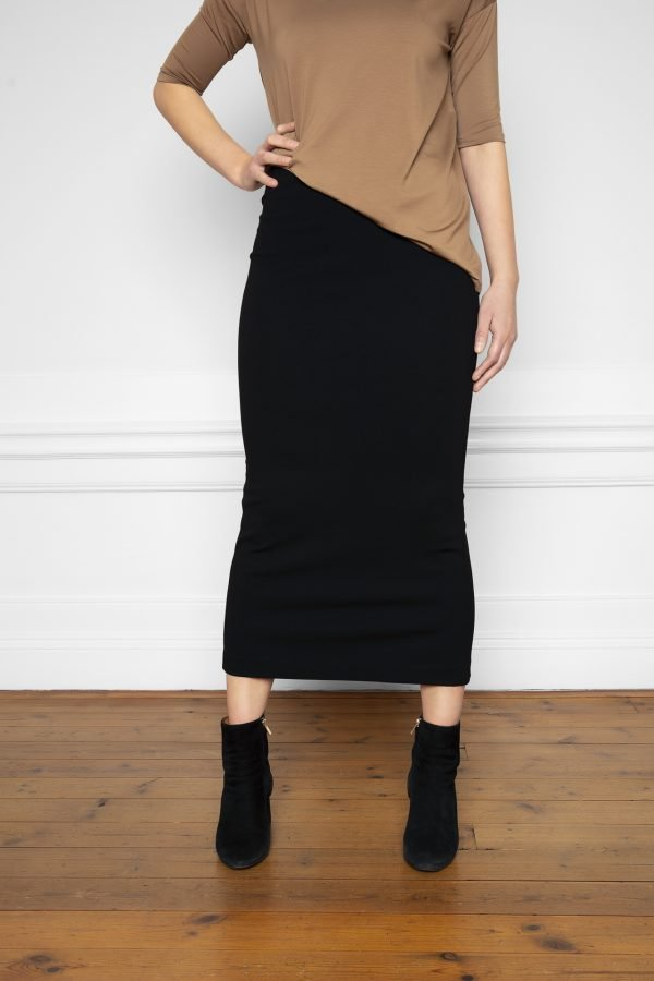 Lala Ecovero Black Skirt with boot heels