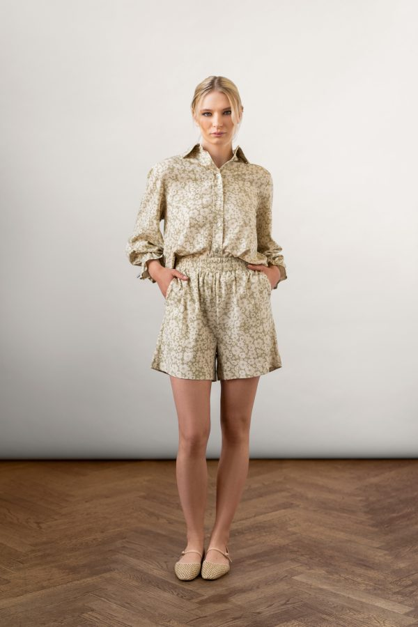 Winona Shirt and Wie Shorts Set Sage from the front