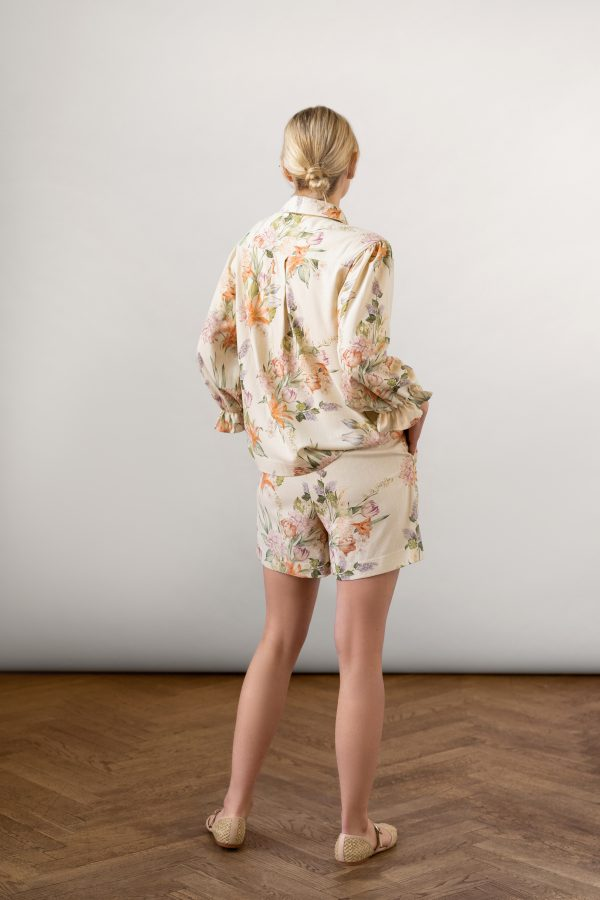 Winona Shirt and Wie Shorts Set Off-white from the back